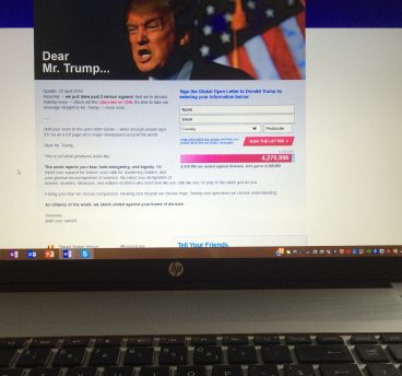 Notitieboek_On petitions_Dear mr Trump